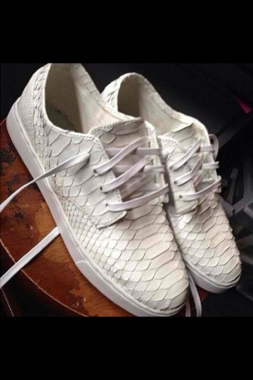 as3q82-l-610x610-shoes-summer+shoes-snake+scale-snakeskin-white-leather-sneakers